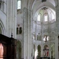 La croisée du transept et le choeur vus vers le nord-est (2003)