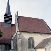 Vue partielle de l'église depuis le sud (2008)