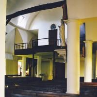 Vue partielle de la nef vers le sud-ouest (2003)