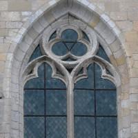 Fenêtre du mur gouttereau nord de la nef (2016)