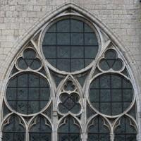 La partie supérieure de la fenêtre ouest de la nef (2016)