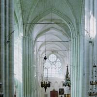 L'intérieur vu vers l'ouest depuis le choeur (2008)