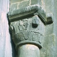 Chapiteau associé à la pile sud de l'arcade du vaisseau central de la nef, côté est (1972)
