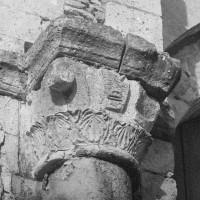 Chapiteau associé à la pile sud de l'arcade du vaisseau central de la nef, côté est (1969)