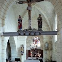 La travée du clocher et le choeur vus vers le nord-est (2008)