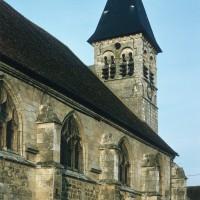 Vue partielle de l'église depuis le sud-ouest (1972)