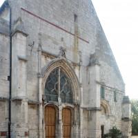 La façade de l'église vue du nord-ouest (2015)