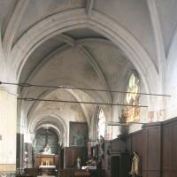 La nef sud et le choeur vus vers l'est.