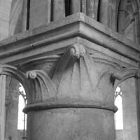 Chapiteau d'une pile circulaire de la nef (1992)