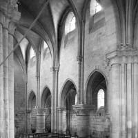L'élévation du mur nord de la nef vue vers le nord-ouest (1992)