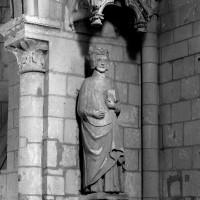 Statue du 13ème siècle (saint Louis ?) (1992)