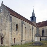 L'église vue du sud-ouest (2015)