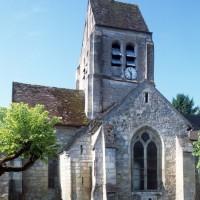 Les parties est de l'église vues du nord (1996)