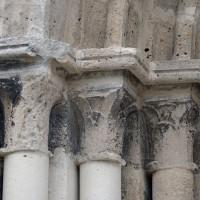 Les chapiteaux des piédroits de gauche du portail (2016)