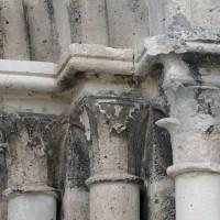 Les chapiteaux des piédroits de droite du portail (2016)