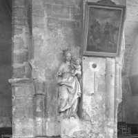 Vestiges de la retombée de la voûte d'ogives du choeur de la première moitié du 12ème siècle (1997)