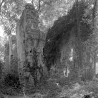 Les ruines du choeur vue du nord-ouest (1999)