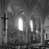 Vue partielle de la nef vers le sud-ouest (1996)