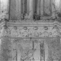 Chapiteaux à la retombée nord de l'arcade ouest de la croisée du transept (1995)