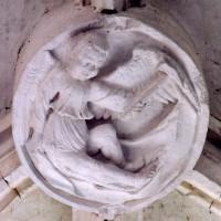 Une des clefs de voûte de la chapelle sud (2005)
