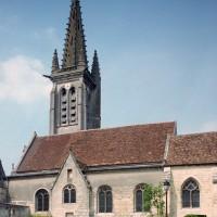 Vue partielle de l'église depuis le sud (2001)