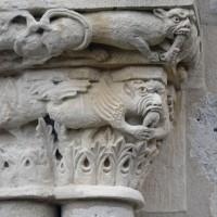 Chapiteau à décor de monstres du piédroit de droite du portail ouest (2016)