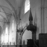 L'élévation nord de la nef vue vers le nord-ouest (1996)