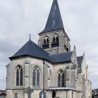 L'église vue depuis le sud-ouest (2008)