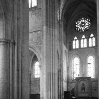 Le transept vu vers le sud-est