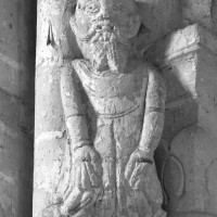 Atlante à la retombée nord-ouest de la voûte du bras sud du transept (1995)