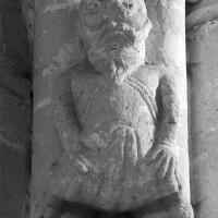 Atlante à la retombée nord-est de la voûte du bras sud du transept (1995)