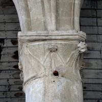 Chapiteau d'une arcade du bas-côté nord de la nef (2015)