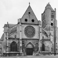 L'église vue de l'ouest