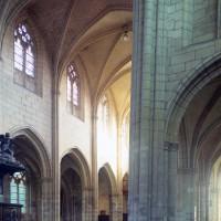 Vue partielle de la nef vers le sud-ouest