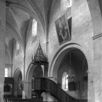 L'élévation du mur gouttereau nord de la nef vue vers le nord-ouest (1997)