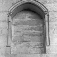 Baie de l'étage intermédiaire d'une travée de la nef (1997)