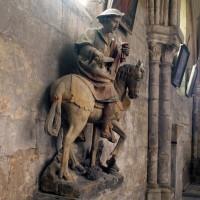 Statue de saint Martin dans le bas-côté sud de la nef (1997)