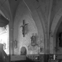 Vue partielle de la travée du clocher vers le nord-ouest (1997)
