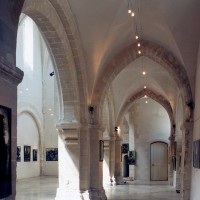 Le bas-côté nord de la nef vu vers l'ouest (2000)
