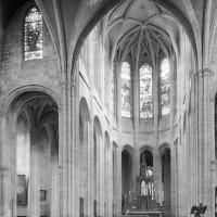 Le transept et le choeur vus vers le nord-est (1979)