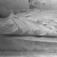 Gisant d'un prieur de Saint-Nicolas d'Acy (2000)