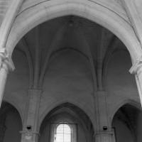 Vue d'une travée de la nef vers le nord (1995)