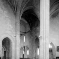 Vue partielle du choeur et de la nef vers le nord-ouest (1994)