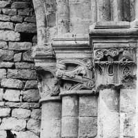 Chapiteaux d'un bas-côté de la nef avant sa démolition