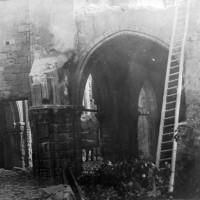 L'église en cours de démolition en 1904