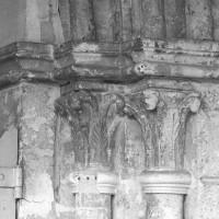 Chapiteaux de la partie droite du portail ouest (1997)