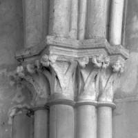 Chapiteaux du bas-côté nord de l'ancien choeur du 13ème siècle (1995)