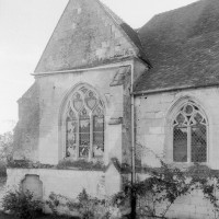 Le bas-côté et la chapelle nord vus du nord-ouest (1979)