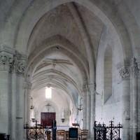 La première travée de l'ancien choeur du 12ème siècle vue vers le nord-ouest (2008)
