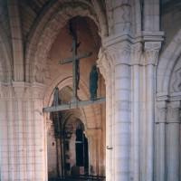 La base du clocher vue vers le sud-ouest (1997)